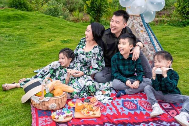 Xem Ốc Thanh Vân nuôi dạy con mà phát ham: Con gái làm điều chỉ 1% thế giới làm được, có ước mơ siêu lạ, con trai tốt nghiệp mầm non sớm trước tuổi - Ảnh 7.