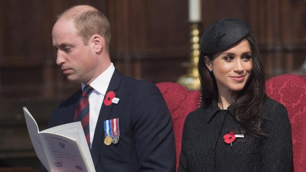 Hoàng tử William giận dữ khi Meghan động đến Công nương Kate, mối quan hệ anh chồng - em dâu đã lạnh nhạt từ xưa - Ảnh 2.