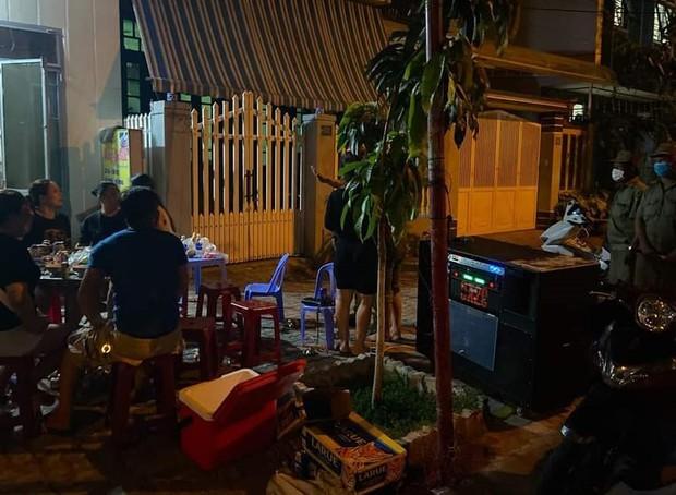Đà Nẵng lập đội đặc nhiệm xử lý ô nhiễm tiếng ồn, karaoke khủng bố người dân - Ảnh 2.