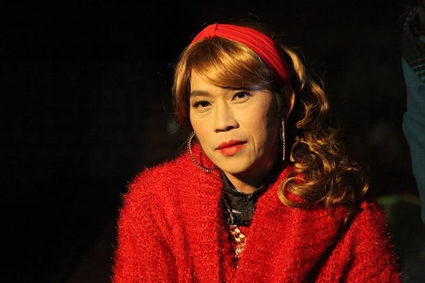 Lâu lắm rồi NS Hoài Linh mới giả gái, thế này bảo sao được gọi là huyền thoại hiếm có của showbiz Việt! - Ảnh 6.