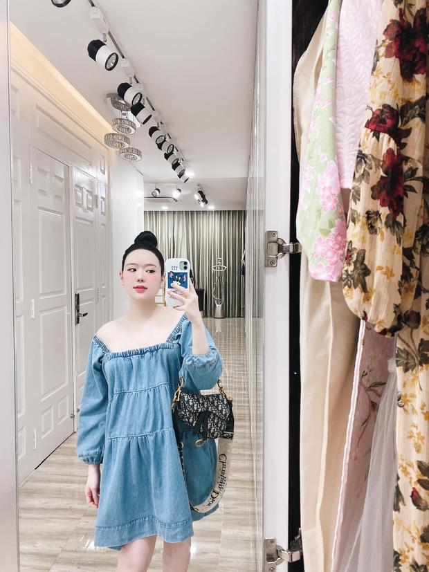 Con dâu ông trùm điện tử Sài Gòn hé lộ cảnh bên trong biệt thự đang sống, đầy ắp những món đồ chỉ giới thượng lưu mới có - Ảnh 4.