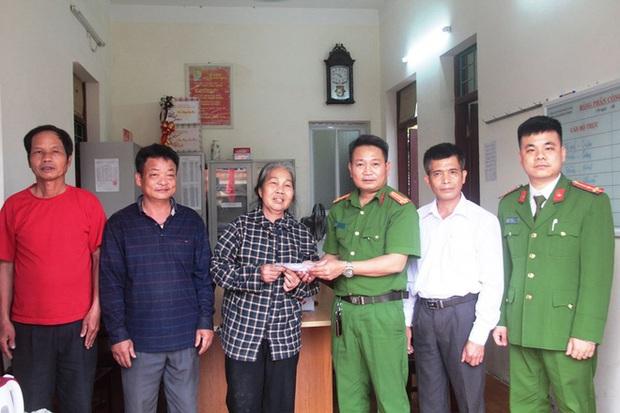 """Người mua đồng nát ở Thanh Hóa trả lại 1,1 cây vàng cho """"khổ chủ"""" - Ảnh 2."""