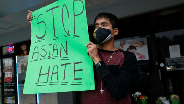 Người Mỹ gốc Á đoàn kết đối đầu phân biệt chủng tộc sau vụ sát hại đau lòng ở Atlanta - Ảnh 1.