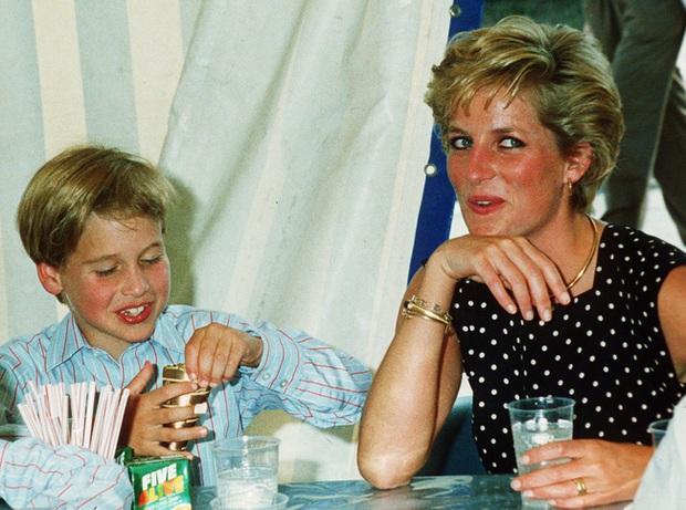 Bí mật ẩn giấu bên trong thực đơn dành riêng cho Công nương Diana, lý giải vì sao vóc dáng bà lại gầy guộc đến vậy - Ảnh 3.