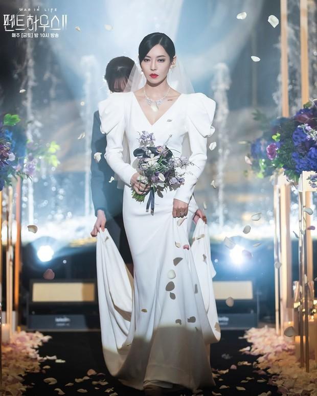 Ác nữ Penthouse Kim So Yeon gây bão trong ảnh đám cưới tối nay: Mặt như đâm lê nhưng nhan sắc đúng là mê chữ ê kéo dài - Ảnh 2.