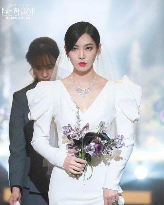 Ác nữ Penthouse Kim So Yeon gây bão trong ảnh đám cưới tối nay: Mặt như đâm lê nhưng nhan sắc đúng là mê chữ ê kéo dài - Ảnh 3.