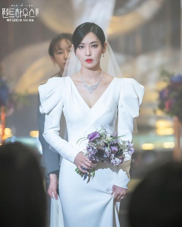Ác nữ Penthouse Kim So Yeon gây bão trong ảnh đám cưới tối nay: Mặt như đâm lê nhưng nhan sắc đúng là mê chữ ê kéo dài - Ảnh 4.