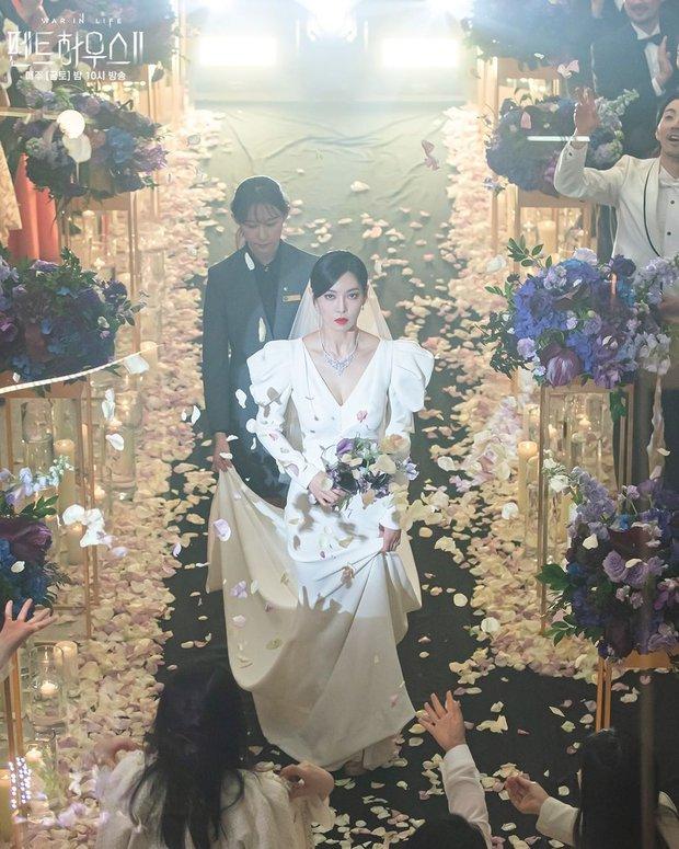 Ác nữ Penthouse Kim So Yeon gây bão trong ảnh đám cưới tối nay: Mặt như đâm lê nhưng nhan sắc đúng là mê chữ ê kéo dài - Ảnh 8.