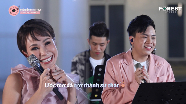 Hòa Minzy khớp, tụt mood sau khi tập hát cùng Uyên Linh - Ảnh 4.