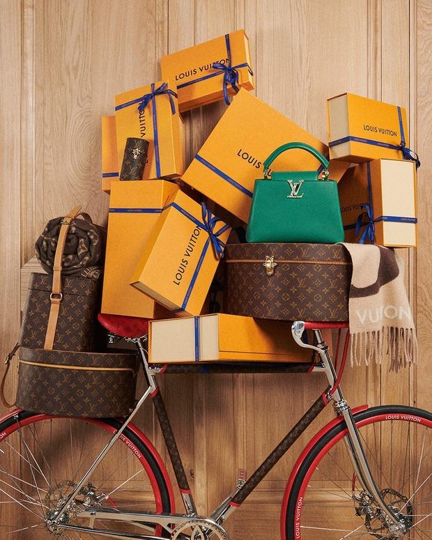Hết Chanel lại tới Dior đua nhau tăng giá giữa đại dịch, nguyên nhân là gì đây? - Ảnh 1.