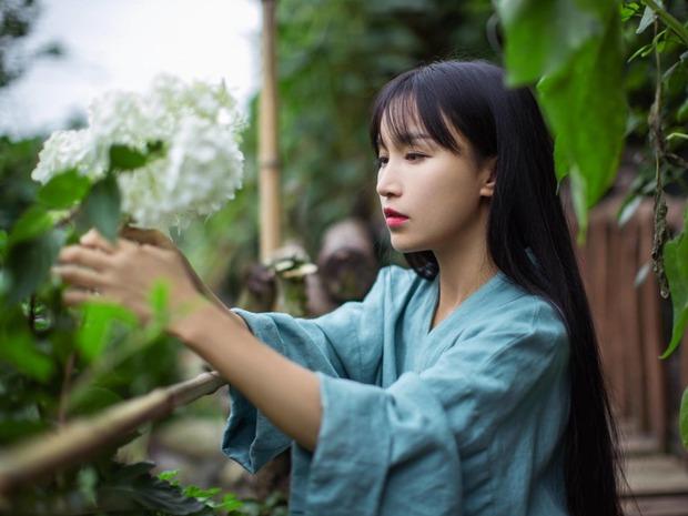 Tiên nữ đồng quê Lý Tử Thất sau 5 năm: Không sợ bị thay thế, không còn thức khuya để edit video như ngày xưa - Ảnh 1.
