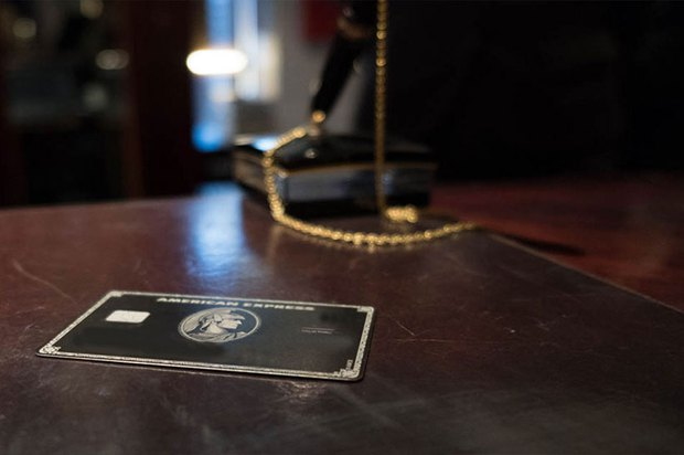 Thẻ đen American Express - item sang chảnh quyền lực bậc nhất mà bất kì dân chơi nào cũng thèm muốn - Ảnh 2.