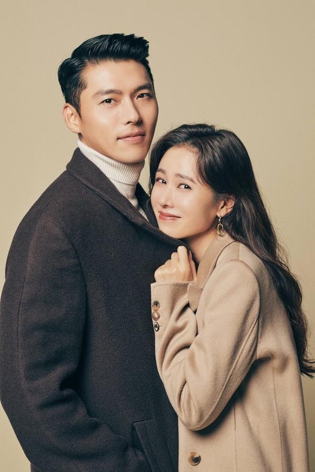 Chưa cặp đôi nào có tướng phu thê đỉnh như Hyun Bin - Son Ye Jin: Mặt khớp đến gần 100%, ảnh góc nghiêng gây choáng - Ảnh 8.