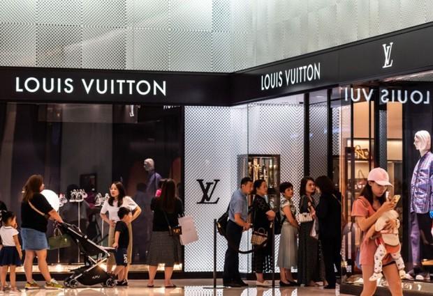 Hết Chanel lại tới Dior đua nhau tăng giá giữa đại dịch, nguyên nhân là gì đây? - Ảnh 6.