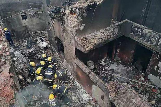Rơi máy bay tại Trung Quốc làm 5 người thiệt mạng - Ảnh 1.