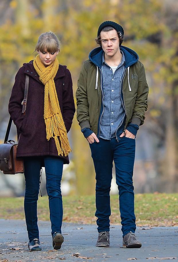 Soi kỹ mới giật mình tìm ra gu của loạt sao: Taylor mê trai Anh, Leo chỉ thích chân dài, Kim ly dị sau 72 ngày vì... lệch gu - Ảnh 6.