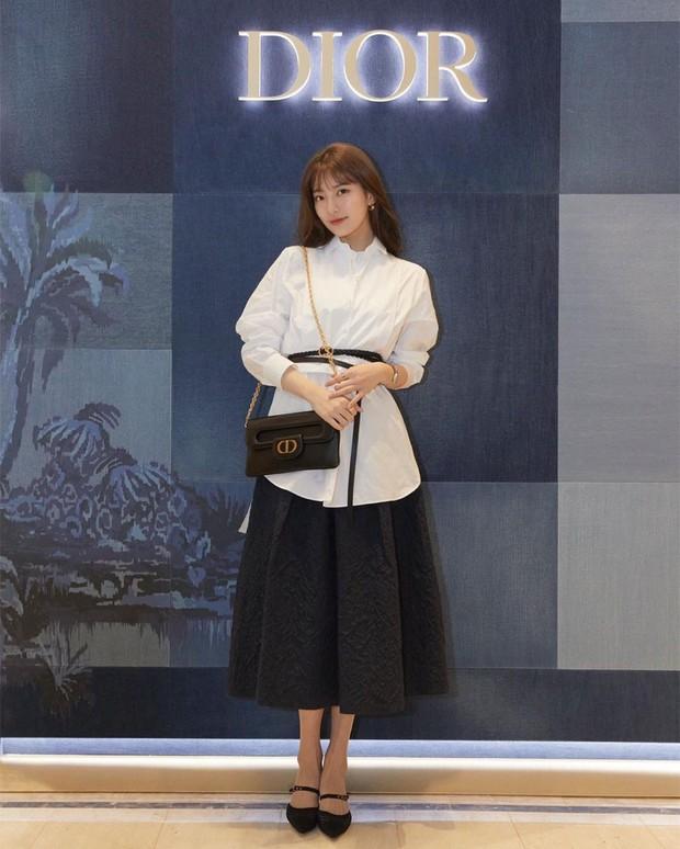 Vượt mặt Jisoo, Suzy mới là sao Hàn được Dior ưu ái đến độ đặc biệt độc nhất vô nhị như thế này - Ảnh 5.