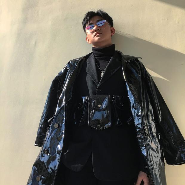 Bị gọi là đồ nhà quê khi mặc áo fake, cậu bạn lập lên đế chế thời trang ở trường cấp 3 - Ảnh 1.