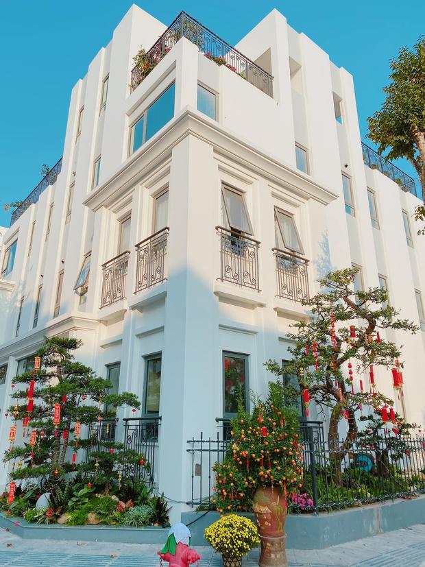 Biệt thự 500m2 trị giá 40 tỷ đồng của hot TikToker Việt có hơn 3.7 triệu followers - Ảnh 1.