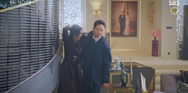 Ác nữ Seo Jin hoàn lương, lập liên minh báo thù với đệ nhất kẻ thù Yoon Hee ở Penthouse 2? - Ảnh 3.