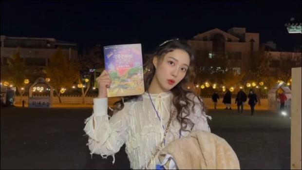 Nữ thần YouTuber xứ Hàn khiến MXH sốc khi công bố sự thật về gương mặt xinh đẹp, không chỉ làm fan ngã ngửa mà còn tranh cãi một hồi - Ảnh 6.