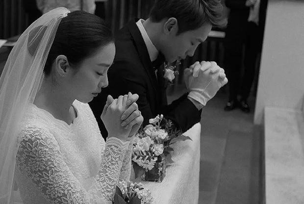 Bi Rain - Kim Tae Hee: Bị gán mác người đẹp và quái vật đến gánh nặng hào môn, tất cả kết lại bằng cuộc hôn nhân cả châu Á ngưỡng mộ - Ảnh 14.