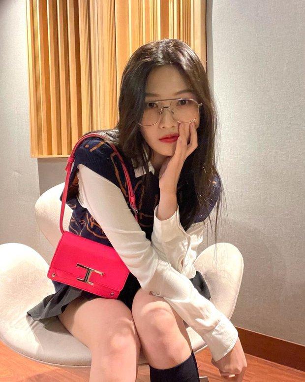 Từng bị tố copy Jennie, nữ thần Red Velvet bỗng khiến Knet khó tính quay xe vì màn bùng nổ visual chỉ nhờ... ảnh điện thoại - Ảnh 3.