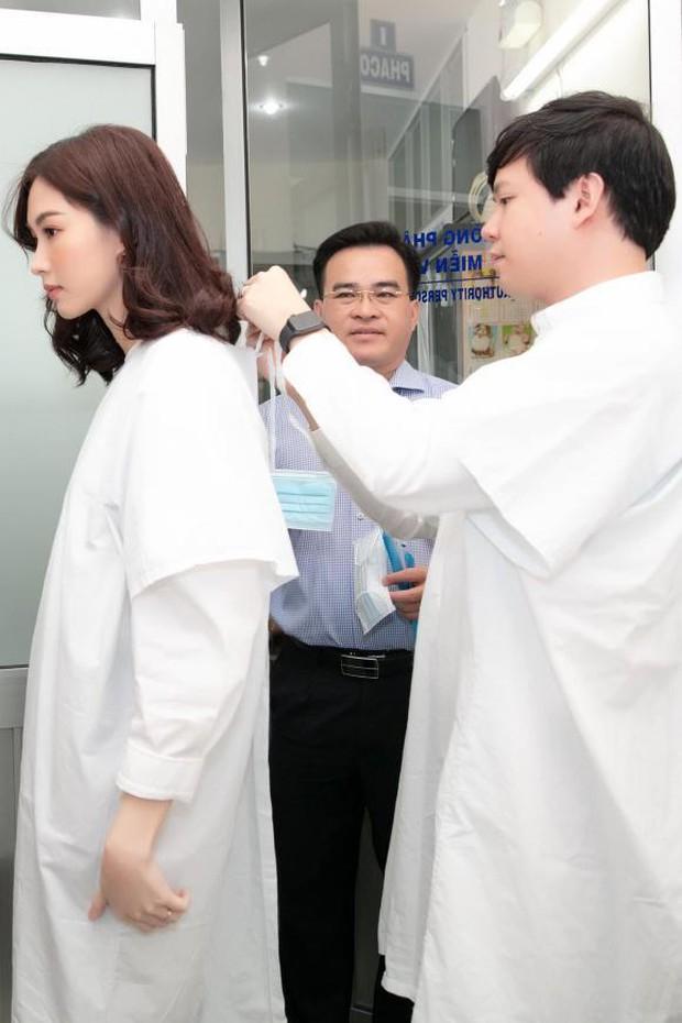 Hoa hậu Đặng Thu Thảo trổ tài chụp ảnh cho ông xã đại gia, thành quả khiến bạn bè tin không nổi vào mắt mình - Ảnh 5.