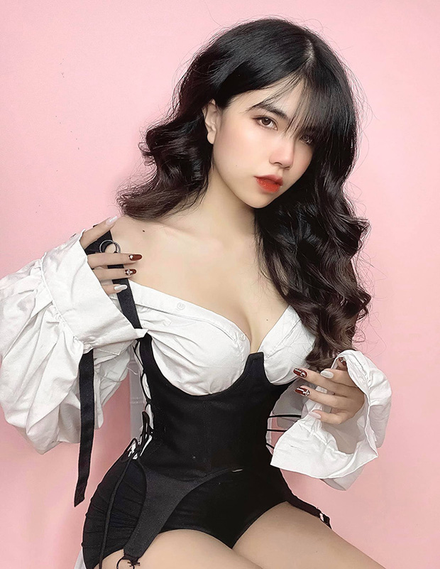 Sau khi nữ streamer sexy Mai Dora ngất xỉu ngay trên sóng, một bộ phận cư dân mạng có nhiều bình luận ác ý với từ ngữ thô tục, giễu cợt - Ảnh 6.