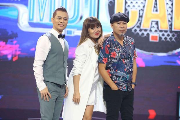 Quốc Thiên - Hoàng Ku mang tiệc pyjama lên sân khấu vẫn khiến nhạc sĩ Huy Tuấn thất vọng - Ảnh 1.