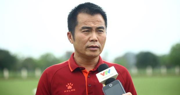 HLV Hồng Lĩnh Hà Tĩnh làm điều đặc biệt trước trận gặp HAGL - Ảnh 1.