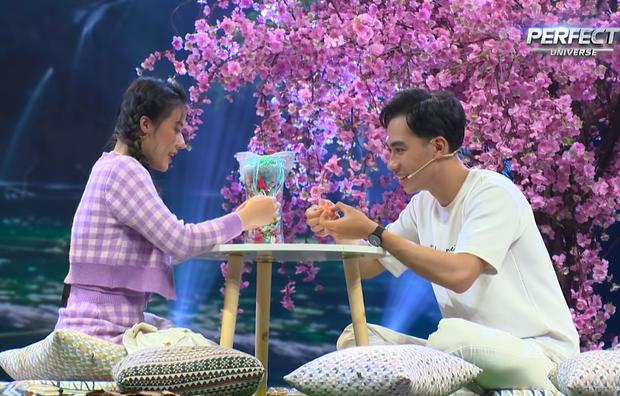 Ngôn Tình Hoàn Mỹ: Nam diễn viên từ chối cả Hoa hậu Nhật Hà, mượn Fanny để tỏ tình với bạn thân! - Ảnh 6.