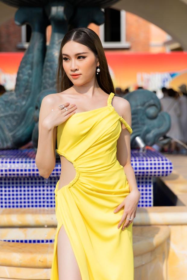 Ngọc Trinh lộ vòng 3 căng đét, dàn Hoa hậu Á hậu cũng thi nhau khoe ngực ỡm ờ trên thảm đỏ Fashion Voyage - Ảnh 17.