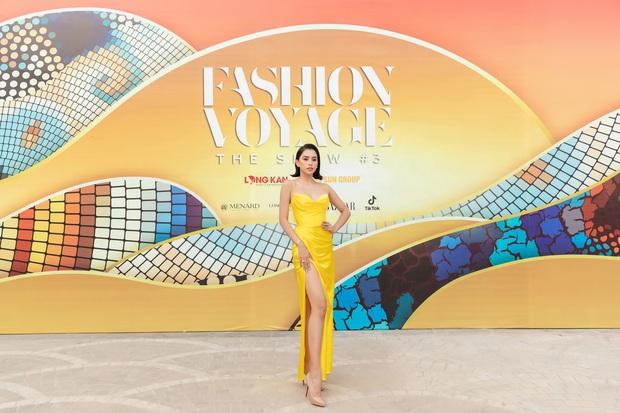 Ngọc Trinh lộ vòng 3 căng đét, dàn Hoa hậu Á hậu cũng thi nhau khoe ngực ỡm ờ trên thảm đỏ Fashion Voyage - Ảnh 5.