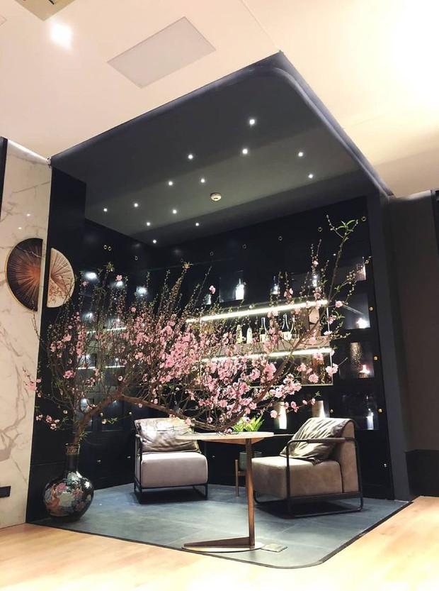 Soi từng góc trong biệt thự của hot girl Tú Linh MU, view nhìn từ cửa sổ đủ biết gia chủ nhiều tiền cỡ nào - Ảnh 4.