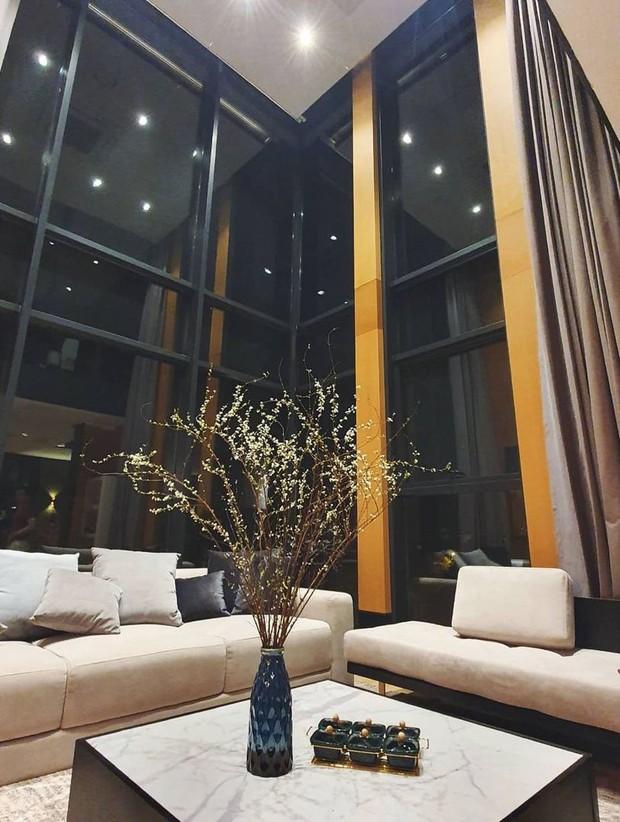 Soi từng góc trong biệt thự của hot girl Tú Linh MU, view nhìn từ cửa sổ đủ biết gia chủ nhiều tiền cỡ nào - Ảnh 3.