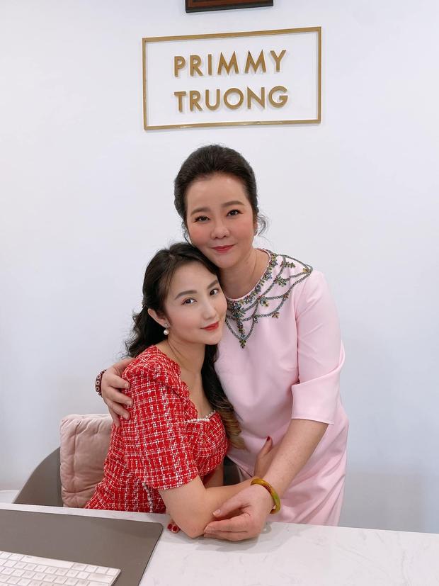 Có thể bạn chưa biết: Phía sau mỗi rich kid Việt là một bà mẹ quyền lực và giàu sụ! - Ảnh 17.