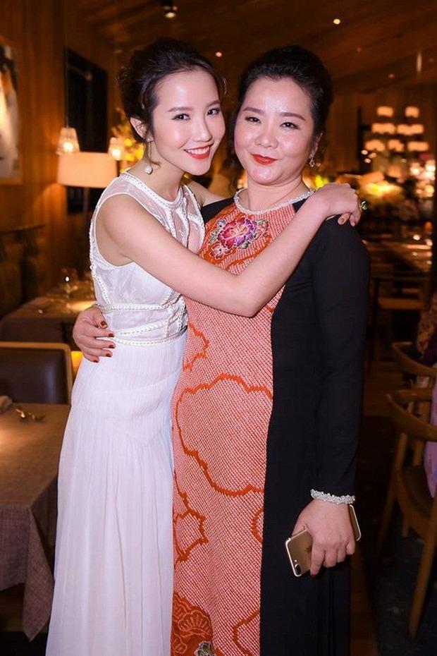 Có thể bạn chưa biết: Phía sau mỗi rich kid Việt là một bà mẹ quyền lực và giàu sụ! - Ảnh 15.