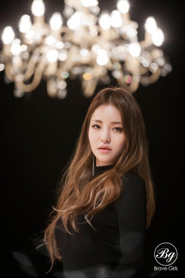 BLACKPINK và girlgroup vô danh tạo nên kỳ tích chiến nhau căng đét, khiến cả chục idol nữ Kpop dạt hết về sau trong BXH mới - Ảnh 4.