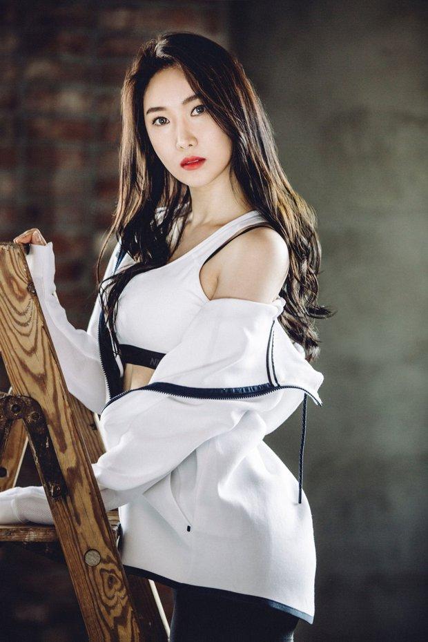 BLACKPINK và girlgroup vô danh tạo nên kỳ tích chiến nhau căng đét, khiến cả chục idol nữ Kpop dạt hết về sau trong BXH mới - Ảnh 10.