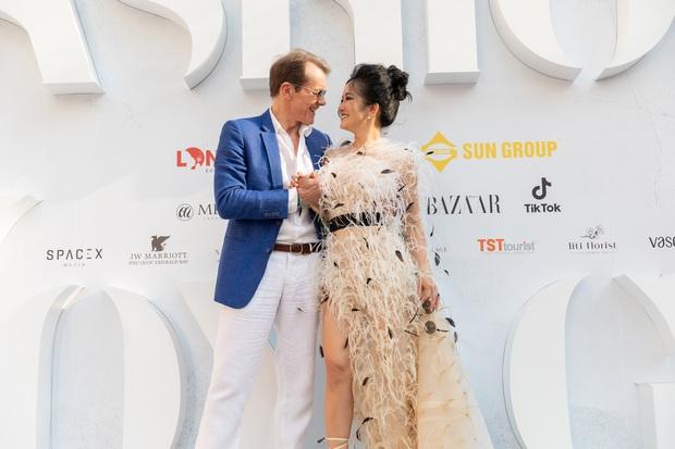 Ngọc Trinh lộ vòng 3 căng đét, dàn Hoa hậu Á hậu cũng thi nhau khoe ngực ỡm ờ trên thảm đỏ Fashion Voyage - Ảnh 10.