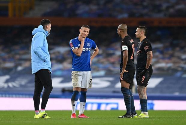 6 phút cuối ghi 2 bàn, Man City hạ Everton để giành vé Bán kết FA Cup - Ảnh 11.