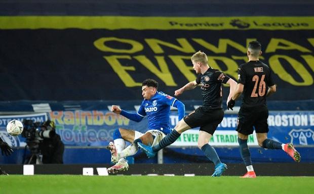 6 phút cuối ghi 2 bàn, Man City hạ Everton để giành vé Bán kết FA Cup - Ảnh 9.