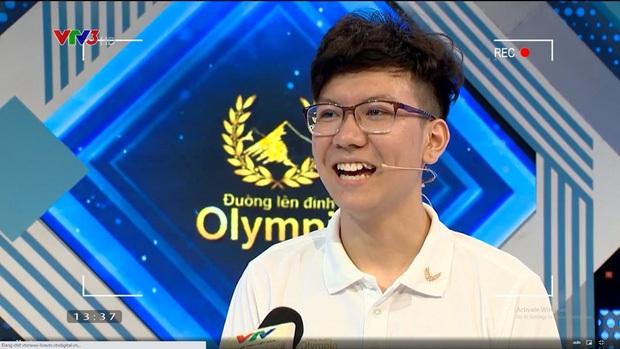 Nam sinh Olympia bị chê cười đểu đối thủ nên duyên với hot girl của chương trình, còn thả thính 1 câu cực bén - Ảnh 3.
