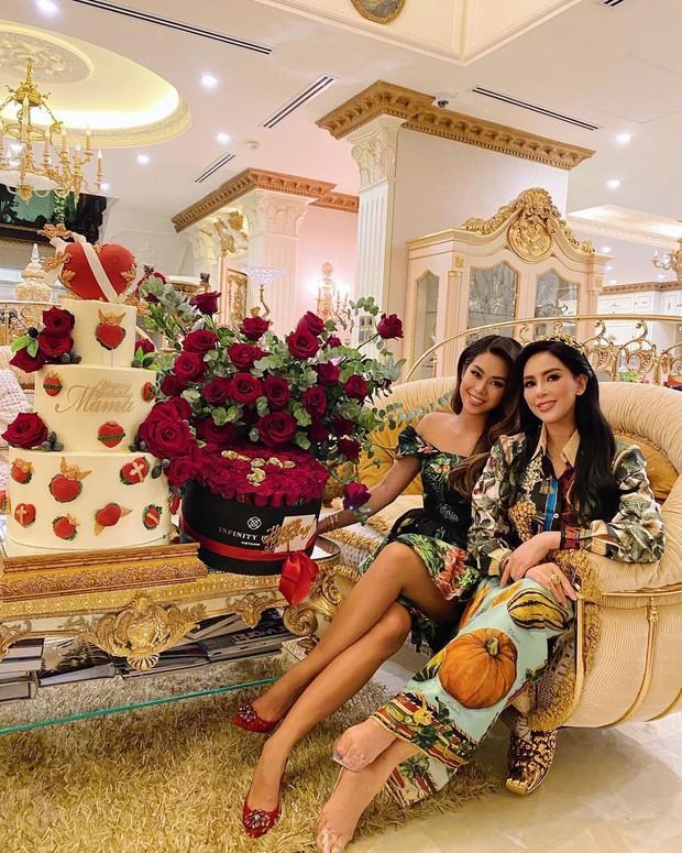 Có thể bạn chưa biết: Phía sau mỗi rich kid Việt là một bà mẹ quyền lực và giàu sụ! - Ảnh 1.