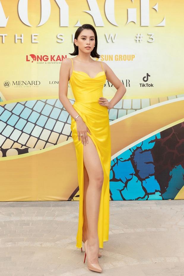 Lâu lâu mới có sự kiện thời trang nên khách mời thi nhau hở bạo, choáng nhất là độ bạo liệt của dàn Hoa - Á hậu - Ảnh 6.