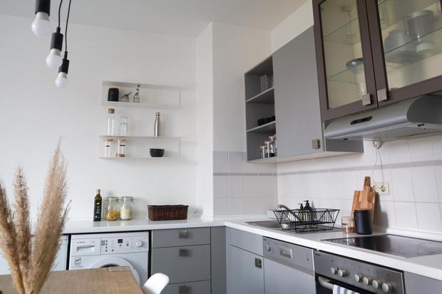 Chàng trai Việt tự tay cải tạo lại căn bếp với chi phí 5 triệu đồng, chỉ thay đổi vài chi tiết mà không gian khác hẳn - Ảnh 6.