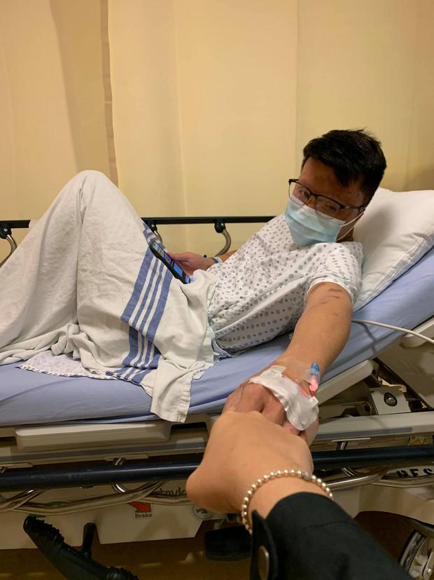 Nam Việt kiều Canada bị tạt axit, cắt gân chân 2 năm trước tiếp tục thực hiện phẫu thuật chỉnh hình và dòng nhắn nhủ xúc động từ vợ - Ảnh 4.
