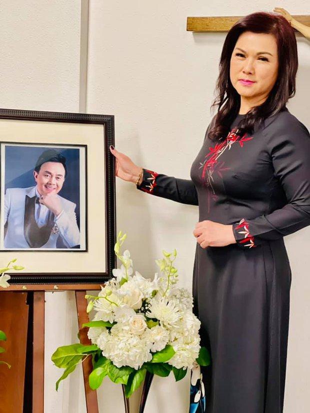 Thúy Nga tiết lộ bà xã Bé Heo mỗi ngày đều đi thăm mộ cố NS Chí Tài, kể điều đặc biệt về người quá cố khiến ai nghe cũng xúc động - Ảnh 6.