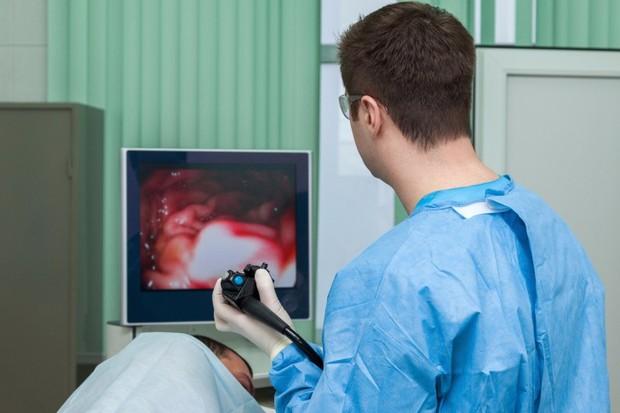3 triệu chứng nhiều người trẻ mắc phải cho thấy bạn đang bị trào ngược dạ dày - Ảnh 1.
